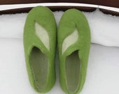 Felt felted wool slippers clogs house shoes mules woman 39 s men 39 s Unisex minimalistic handmade using eco friendly wool