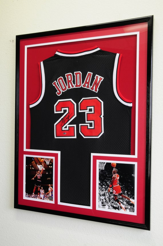 XL Double Matted Custom Framed Jersey Display Case Frame w 98%  bd9585385