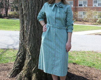 Vintage Green Floral Long Sleeve Housewife Dress With Tie Neck