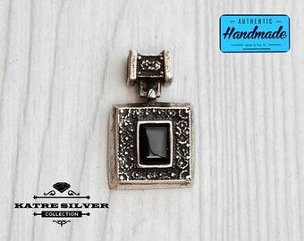 Vintage Silver Black Onyx Pendant, Silver Onyx Pendant, Black Onyx Necklace, Onyx Pendant, Onyx Necklace, Onyx Jewelry, Black Onyx, Black