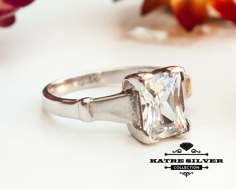 Delicate Ring Baguette Cut Ring Promise Ring Engagement Ring Anniversary Ring Dainty Ring Baguette Solitaire Ring Baguette Ring