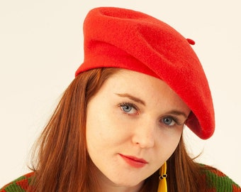 Vintage 90 s Bright Red Wool Beret Hat 1d46a7456f0f