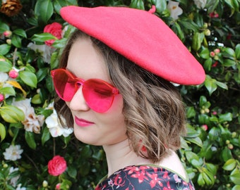 f113f3c9f4d Vintage 90 s Large Red Wool Beret