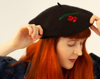 55e1f199b4ca4 Vintage 80 s Black Red Green Embroidered Wool Beret Hat