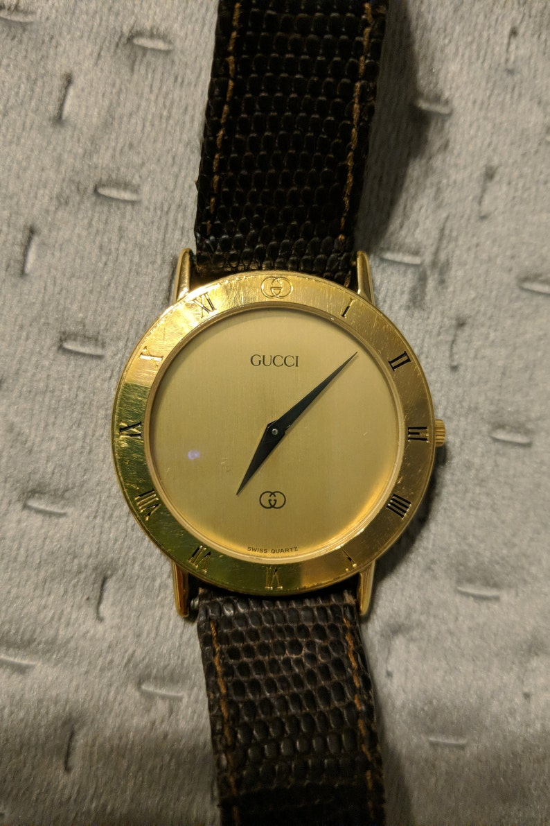 ad2a215e817 Vintage Gucci watch