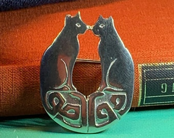 Celtic Cat Brooch, Animal Jewelry, Irish Jewelry, Cat Mom Gift, Wiccan Jewelry, Mom Gift, Anniversary, Celtic Jewelry, Pagan Jewelry