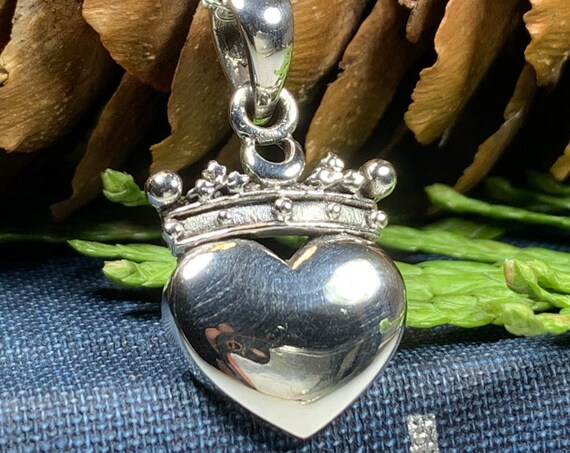 Claddagh Necklace, Celtic Jewelry, Irish Jewelry, Celtic Knot Jewelry, Heart Jewelry, Anniversary Gift, Graduation Gift, Wife Gift, Mom Gift