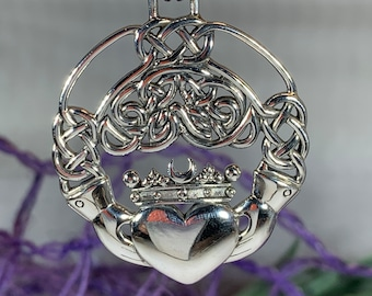 Claddagh Necklace, Celtic Jewelry, Irish Jewelry, Celtic Knot Jewelry, Heart Jewelry, Bridal Jewelry, Wife Gift, Anniversary Gift, Mom Gift