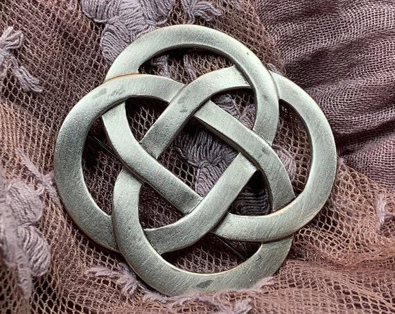 Love Knot Brooch, Celtic Jewelry, Celtic Knot Pin, Celtic Brooch, Celtic Pin, Mom Gift, Anniversary Gift, Irish Jewelry, Friendship Gift