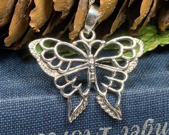 Butterfly Necklace, Nature Jewelry, Insect Jewelry, New Beginnings Gift, Mom Gift, Sister Gift, Girlfriend Gift, Anniversary Gift