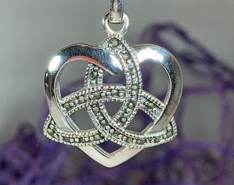 Love Knot Necklace, Celtic Jewelry, Irish Jewelry, Celtic Knot Necklace, Anniversary Gift, Scotland Jewelry, Heart Jewelry, Ireland Gift