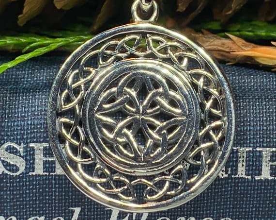 Trinity Knot Necklace, Celtic Jewelry, Irish Jewelry, Scotland Jewelry, Viking Jewelry, Triquetra Pendant, Anniversary Gift, Norse Jewelry