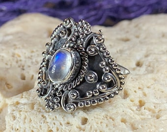Celtic Moonstone Ring, Moonstone Jewelry, Moonstone Ring, Heart Jewelry, Celtic Jewelry, Anniversary Gift, Wiccan Jewelry, Wife Gift