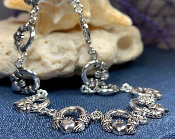 Claddagh Bracelet, Irish Jewelry, Celtic Bracelet, Bridal Jewelry, Girlfriend Gift, Wife Gift, Heart Jewelry, Ireland Gift, Anniversary Gift