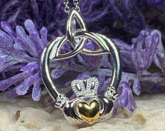 Claddagh Necklace, Celtic Jewelry, Irish Jewelry, Trinity Knot Necklace, Heart Pendant, Mom Gift, Anniversary Gift, Wife Gift