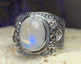 Celtic Heart Ring, Moonstone Jewelry, Moonstone Ring, Heart Jewelry, Celtic Jewelry, Anniversary Gift, Wiccan Jewelry, Wife Gift