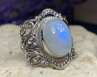Celtic Spiral Ring, Moonstone Jewelry, Moonstone Ring, Celestial Jewelry, Celtic Jewelry, Anniversary Gift, Wiccan Jewelry, Wife Gift