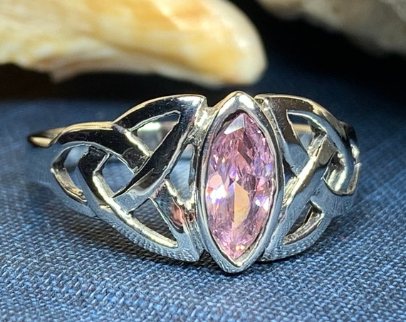 Trinity Knot Ring, Celtic Jewelry, Irish Jewelry, Celtic Knot Jewelry, Irish Ring, Irish Dance Gift, Anniversary Gift, Bride Gift, Wiccan