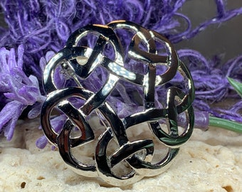 Celtic Knot Brooch, Celtic Pin, Irish Jewelry, Scotland Jewelry, Wiccan Jewelry, Mom Gift, Wife Gift, Ireland Pin, Outlander Jewelry
