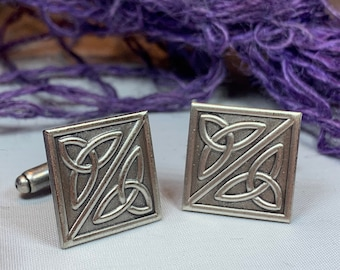 Trinity Knot Cuff Links, Celtic Jewelry, Irish Jewelry, Scotland Jewelry, Celtic Jewelry, Groom Gift, Best Man Gift, Anniversary Gift