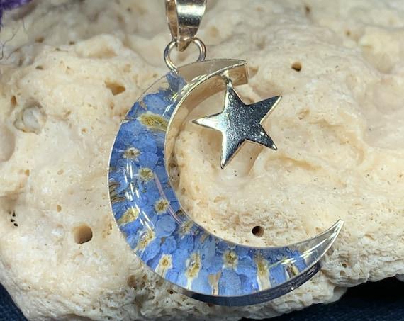 Moon Necklace, Forget Me Not Jewelry, Flower Jewelry, September Birthday Flower, Anniversary Gift, Dried Flower Jewelry, Celestial Jewelry