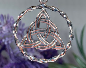 Trinity Knot Necklace, Celtic Jewelry, Irish Jewelry, Mom Gift, Friendship Gift, Triquetra Pendant, Norse Jewelry, Anniversary Gift
