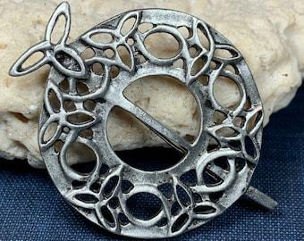 Trinity Knot Brooch, Celtic Jewelry, Irish Jewelry, Scotland Brooch, Celtic Brooch, Anniversary Gift, Celtic Knot Pin, Ireland Gift