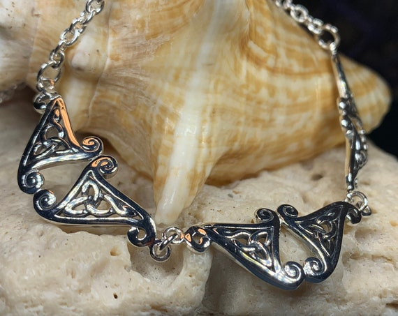Trinity Knot Necklace, Celtic Necklace, Irish Jewelry, Trinity Knot Jewelry, Wiccan Jewelry, Mom Gift, Anniversary Gift, Scotland Jewelry