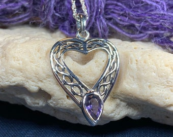 Celtic Heart Necklace, Celtic Jewelry, Irish Jewelry, Celtic Knot Jewelry, Bridal Jewelry, Mom Gift, Anniversary Gift, Wife Gift, Love Knot