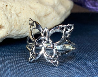 Butterfly Ring, Celtic Jewelry, Nature Ring, Celtic Knot Jewelry, Irish Ring, Anniversary Gift, Trinity Knot Ring, Friendship Gift