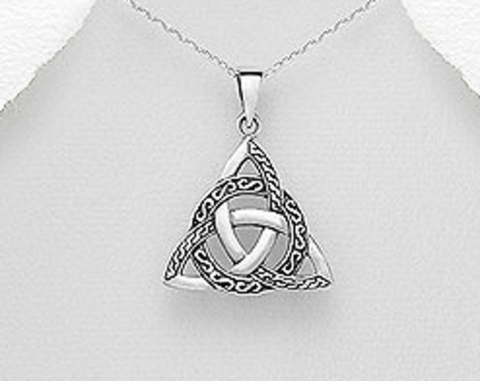Trinity Knot Necklace, Triquetra, Celtic Necklace, Wiccan Jewelry, Pagan Jewelry, Anniversary Gift, Birthday Gift, Graduation, Irish Jewelry