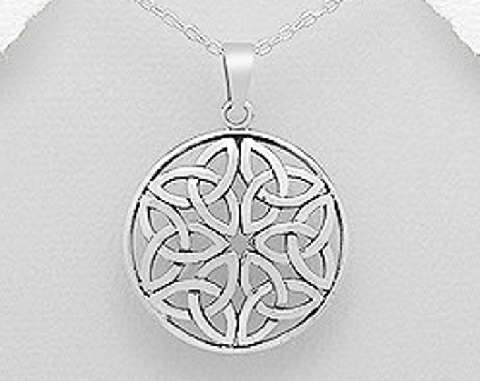 Trinity Knot Necklace, Celtic Knot Jewelry, Triquetra, Gift for Her, Wedding Necklace, Wiccan Jewelry, Pagan Jewelry, Irish Necklace, Sister