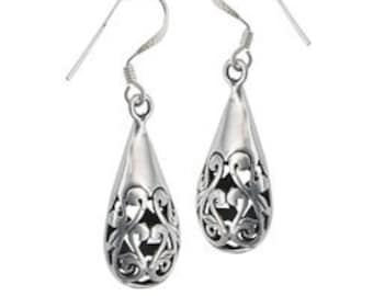 Celtic Raindrop Earring, Irish Jewelry, Celtic Knot, Mom Gift, Bridal Jewelry, Anniversary Gift, Celtic Earrings, Wiccan Jewelry, Wife Gift