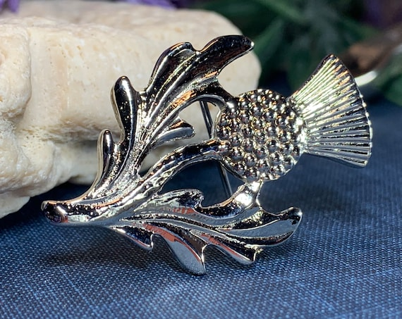 Thistle Brooch, Scotland Jewelry, Celtic Jewelry, Anniversary Gift, Outlander Jewelry, Flower Pin, Celtic Brooch, Thistle Lapel Pin