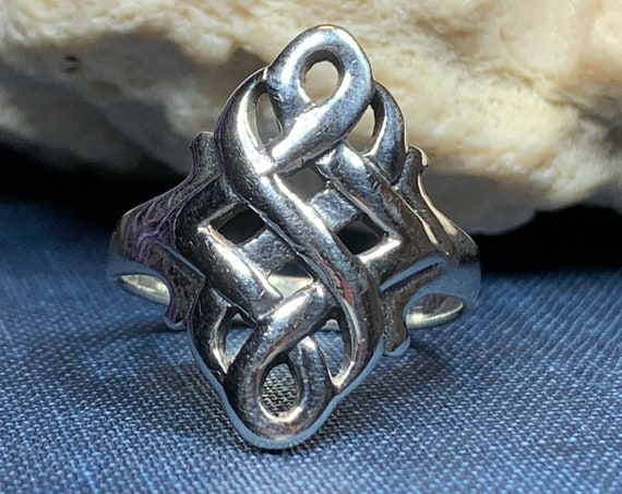 Celtic Knot Ring, Celtic Jewelry, Irish Jewelry, Endless Knot Jewelry, Irish Ring, Irish Dance Gift, Anniversary Gift, Bridal Ring, Mom Gift