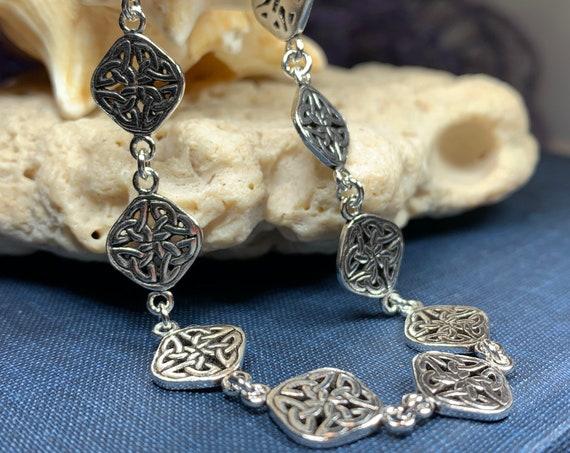Celtic Knot Bracelet, Celtic Jewelry, Irish Jewelry, Norse Jewelry, Bridal Jewelry, Anniversary Gift, Celtic Knot Jewelry, Scotland Gift