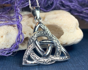 Trinity Knot Necklace, Celtic Jewelry, Irish Jewelry, Ireland Gift, Mom Gift, Friendship Gift, Triquetra, Norse Jewelry, Anniversary Gift