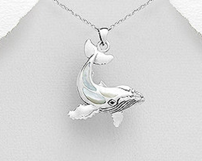 Whale Necklace, Fish Necklace, Beach Jewelry, Nautical Jewelry, Ocean Jewelry, Animal Jewelry, Nature Necklace, Sea Jewelry, Shell Pendant