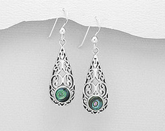 Celtic Raindrop Earring, Irish Jewelry, Celtic Knot, Mom Gift, Bridal Jewelry, Anniversary Gift, Celtic Earrings, Shell Jewelry, Wife Gift