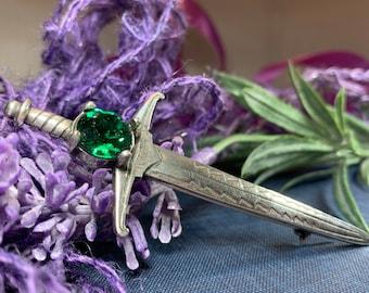 Sword Kilt Pin, Celtic Jewelry, Sword Pin, Groom Gift, Best Man Gift, Dad Gift, Celtic Brooch, Tartan Pin, Scotland Brooch, Irish Pin