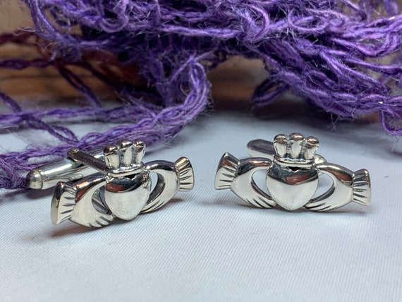 Claddagh Cuff Links, Irish Jewelry, Celtic Jewelry, Gift for Him, Dad Gift, Groom Gift, Dad Gift, Graduation Gift, Brother Gift
