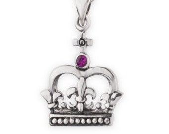 Scotland Crown Necklace, Garnet Jewelry, Celtic Jewelry, Royal Crown, Scotland Jewelry, Queen of Hearts, Girlfriend Gift, Mom Gift