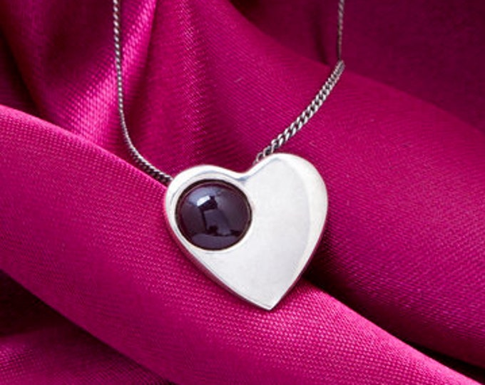 Heart Necklace, Celtic Jewelry, Heart Pendant, Anniversary Gift, Heather Gem, Gift for Her, Bridal Jewelry, Scotland Jewelry, Sweet 16 Gift