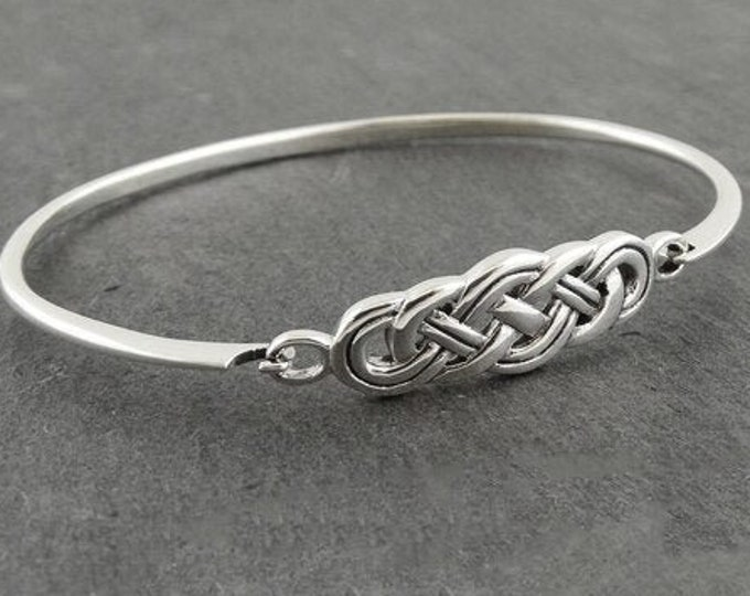 Celtic Knot Bracelet, Celtic Jewelry, Irish Jewelry, Love Knot Jewelry, Bridal Jewelry, Viking Jewelry, Wife Gift, Wiccan Jewelry