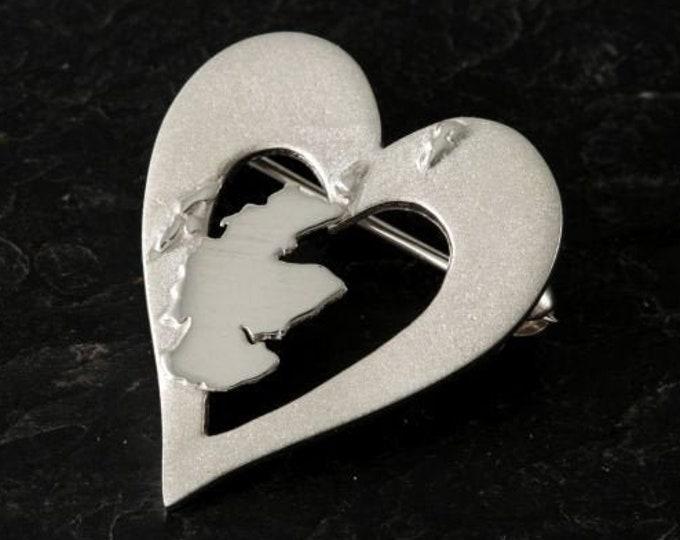 Scotland Brooch, Outlander Jewelry, Traveler Gift, Scotland Heart Pin, Heart Jewelry, Celtic Jewelry, Scottish Pin, Map Jewelry, Bagpiper
