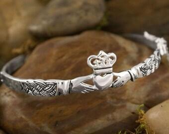 Claddagh Bracelet, Celtic Jewelry, Irish Jewelry, Bridal Jewelry, Heart Jewelry, Girlfriend Gift, Wife Gift, Anniversary Gift, Mom Gift