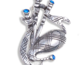 Celtic Piper Bagpipes Pewter Brooch, Saint Patricks Day, Highland Piper, Celtic Brooch, Father's Day, Feis, Graduation, Brother, Police, Dad