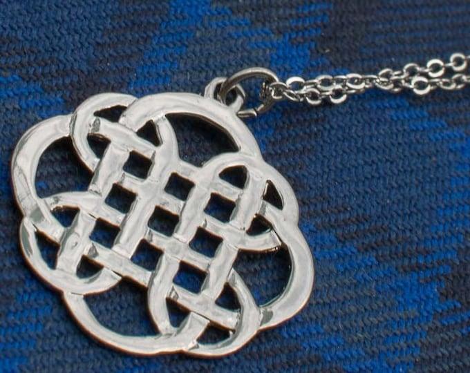 Dara Knot Necklace, Celtic Jewelry, Wiccan Jewelry, Scotland Necklace, Irish Jewelry, Mom Gift, Sister Gift, Wife Gift, Celtic Knot Jewelry