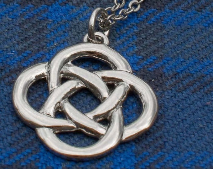 Celtic Knot Necklace, Irish Jewelry, Wife Gift, Mom Gift, Ireland Jewelry, Celtic Jewelry, Love Knot, Girlfriend Gift, Pagan, Wiccan