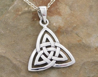 Trinity Knot Necklace, Celtic Jewelry, Ireland Jewelry, Irish Gift, Wiccan Jewelry, Pagan Jewelry, Scotland Jewelry, Triquetra Pendant
